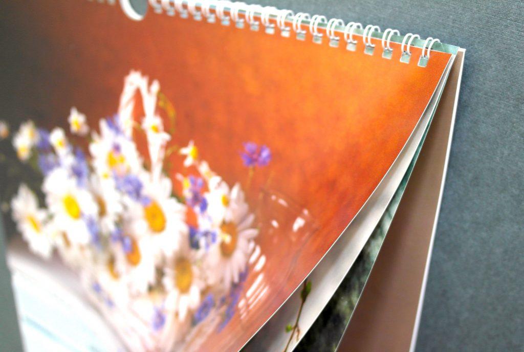 Квартальный календарь «Цветы». 4 постера